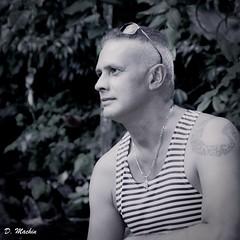 Pascal Claudio (Phoenix Blue Parangon) Tags: masculin mâle man monochrome extérieur portrait tatoo tatouage