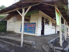 Coffee Shop (Canis lupus alba) Tags: kawah ijen kawahijen indonesia java licin banyuwangi volcano caldera lewak coffee hiking