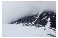 Almost covered (Mirko Daniele Comparetti) Tags: sj norvegia norway svalbard arctic artico clouds expedition montagne mountains neve nuvole snow spedizione spedizionearticasvalbard2017 web