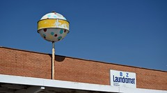 Norge ball at B Z Laundromat (SchuminWeb) Tags: schuminweb ben schumin web april 2017 virginia va waynesboro norge ball norgeball b z bz laundromat laundry riverside shopping center broad street beard mat sign signs signage roadside road side vintage yellow white blue red balls round signing
