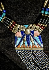 Closeup of counterpoise from necklace with moon pectoral from King Tutankhamun's tomb New Kingdom 18th Dynasty 1332-1323 BC (mharrsch) Tags: necklace jewelry gold kingtutankhamun tomb burial funerary newkingdom 18thdynasty 14thcenturybce egypt ancient pharaoh ruler monarch king discoveryofkingtut exhibit newyork mharrsch premierexhibits