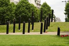 Hyde Park Corner / 7/7 terror attack memorial (D.Ski) Tags: hydeparkcorner greenpark wellingtonarch ww2 memorial warmemorial london uk england