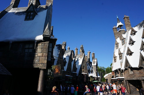 "Universal Studios, Florida: Hogsmeade • <a style=""font-size:0.8em;"" href=""http://www.flickr.com/photos/28558260@N04/34365317590/"" target=""_blank"">View on Flickr</a>"
