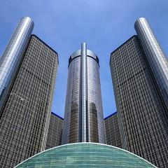 Ren-Cen - Detroit River Front (Will-Jensen-2020) Tags: blue sky portman som michigan detroit rencen highrise glass curtainwall gm