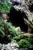 Pazin, de Fojbarivier gaat ondergronds, Istrië Kroatië 1986 (wally nelemans) Tags: pazin fojba rivier rivergrot cave istrië istria kroatië croatia hrvatska 1986