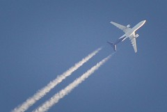 Brussels Airlines Airbus A330-301 (In Memoriam: Charles Dawson) Tags: brusselsairlines contrails airbus airbusa330 oosfo
