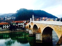 An Ottoman bridge in Konjič, Bosnia (alptekin_md) Tags: osmanlıdevleti osmanskom osmanlija osmanlı bosnahersek bosna turkiye turska most bridge köprü konjič konjic