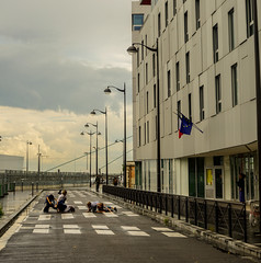 Débordante_Loin à Paris-10 (Alexis Nys) Tags: débordante ciedébordante héloisedesfarges perrinegonthié annesophiegabert claireriverra clairerivera loin 2r2c coopérativederueetdecirque