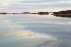 Still sea (Henri Koskinen) Tags: seascape sea meri merimaisema maisema sondaro 20052017 finland