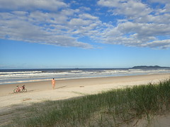 Belongilbike1 (willemxvi) Tags: freeballing nude beach naked bike ride freedom beachbum