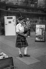 Piper (betoeg) Tags: betoeg europe scotland 35mm film edinburgh bagpipe kilt scanned