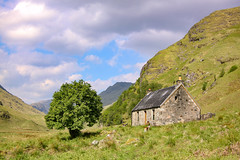 Glenpean Bothy,Near Loch Arkaig,Scotland (andymoore13) Tags: bothy scotland canon ef2870mmf3556 mountain glen cottage loch arkaig oban scenery view summer 50d