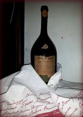 Vino Barbaresco - Antico Podere Bersano (Aellevì) Tags: bottiglia bottiglione vinorosso
