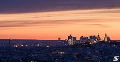Butte Montmartre & La Défense III (A.G. Photographe) Tags: anto antoxiii xiii ag agphotographe paris parisien parisian france french français europe capitale d810 nikon sigma 150600 sunset bluehour sacrécoeur ladéfense montmartre