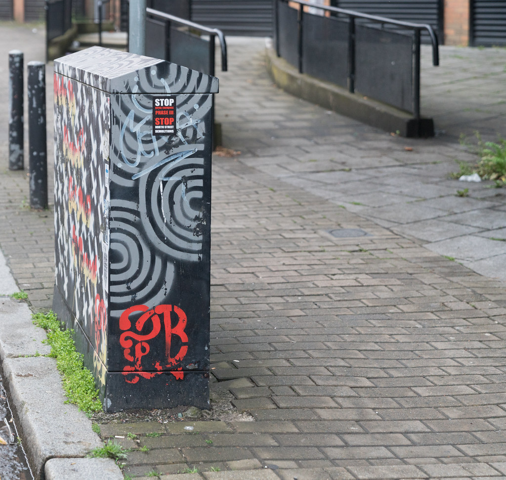 STREET ART AND GRAFFITI IN BELFAST [ANYTHING BUT THE FAMOUS MURALS]-129176