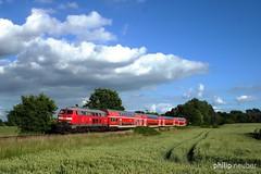 218 330 mit RE 21626 (Philip Neuber) Tags: eisenbahn baureihe bahnfotografie schleswig holstein trainspotting
