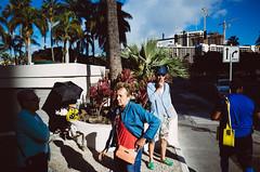 (J.cYepes) Tags: random streetphotography street hawaii oahu honolulu waikiki waikikibeach