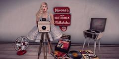 1950s Blogger (Sparkle Mocha) Tags: diner fan elikatira} artilleri glasses lybra rockabilly record fifties camera vintage fair blonde pearls redlipstick avatar maitreya catya player