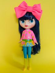 Mod Dress Spam! (Helena / Funny Bunny) Tags: funnybunny solidbackground blythe curlybluebabe juniperblue rbl
