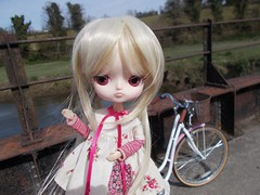 Petunia in the Bluebell Woods (Missy_Crane) Tags: dal jouet anniversary groove jun planning doll 16 cute kawaii bluebell woods countryside nature flowers petunia tuni miema