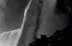 Behind Water  Niagara Falls (BOENE75) Tags: bw water niagarafalls niagarafälle