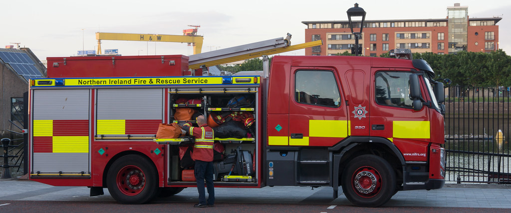 NORTHERN IRELAND FIRE AND RESCUE SERVICE IN BELFAST [SRT APPLIANCE]-129107