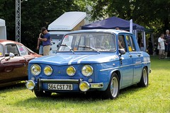 Renault 8 1300 Gordini (seb !!!) Tags: 2017 auto automobile automovel automovil automobil berline canon 1100d cars sportive anciennes ancienne old oldtimers populaire kool day gargenville seb france voiture wagen car française français french französisch frankreich francia frança francese francês francés photo picture foto image bild imagen imagem bande strip streifen tira striscia blanc blanche white blanco branco bianco weiss chrome classique classic klassic