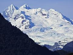 Monte Tronador - 3554 mts. (Mono Andes) Tags: andes chile montetronador glaciar parquenacional parquenacionalvicentepérezrosales lagotodoslossantos regióndeloslagos patagonia crucerupancotodoslossantos