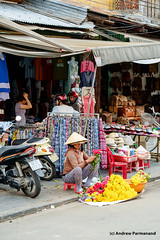 Street Life in Hoi-An, Vietnam (Andrew Parmanand) Tags: vietnam asia asian seasia hoian street market