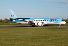 G-TUIA Thomson Airways 787-8 (Centreline Photography) Tags: airport runway plane planes aeroplane aircraft planespotting canon aviation flug flughafen airliner airliners spotting spotters airplanes airplane flight manchester manchesterairport egcc man ringway rvp runway05r centrelinephotography chrishall aviationphotography