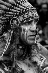 Indian Chief (amateur72) Tags: fujifilm harleydavidson villequier bikers cowboys indians indiens powwow us western xt1