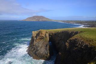 LEENAN SEA ARCH, LEENAN, INISHOWEN, CO. DONEGAL, R. IRELAND.