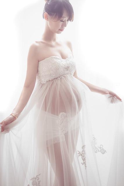 34831683651 1e0f1b915a z 台南個性時尚孕婦寫真