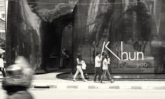 Khun yoo (jcbkk1956) Tags: street bangkok thailand thonglo mono blackwhite fuji xt1 pentax 50mmf17 manualfocus worldtrekker