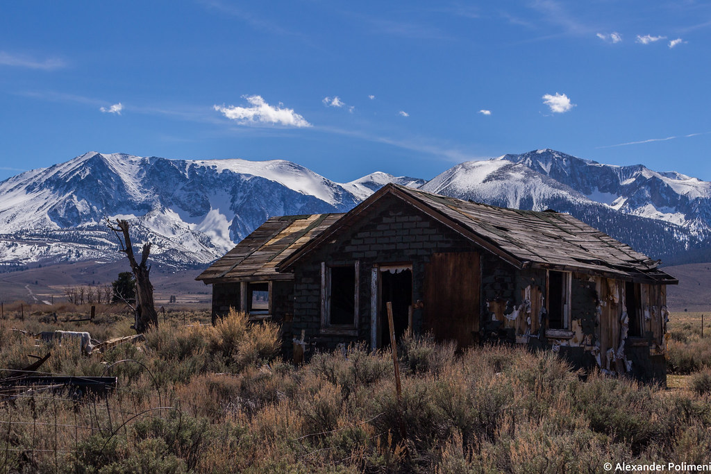 The world 39 s best photos of cabin and snow flickr hive mind for Sierra nevada cabine
