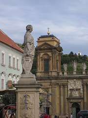 Fountain sculpture and St. Anna Church, Náměstí, Mikulov, Czechia (Paul McClure DC) Tags: mikulov nikolsburg moravia morava czechia czechrepublic historic architecture aug2016 sculpture church jihomoravskýkraj břeclav