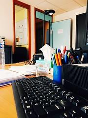Restera restera pas... carpe diem (fourmi_7) Tags: travail mutation bureau changement