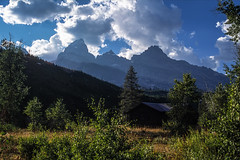 WY_Tetons_TheGrands3_Full (rocinante11) Tags: tetons grandtetons wyoming mountains sky landscape clouds
