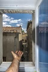 my bathroom with vista in Montalcinello serenity (marcocram58) Tags: vista montalcinello medievo finestra window arm blue vicolo toscana siena serenity tranquillità pentax k3 sigma1020 flash tenda riflesso tetto tegole medioevo bianco e blu braccio cielo nuvole