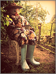 Time for a cuppa! (Jason 87030) Tags: scarecrow garden cuppatime woman boots wellies wellingtons robin spade allotment cup mug tea rest realx gatcombe chillerton iow island isleofwight may competition seat chair straw bird tits crow dress flowers floral frame border vintage retro effect pse photoshop sony alpha ilce nex buttons holiday 2017 epx creative mud soil earth vegetables plants fence pots crops gallybagger