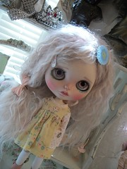 Jelly.... (simplychictiques) Tags: simplypeppermintblythecustom blythedoll blythe doll toy ooakcustomblythedolltakudaaahousecustom pinkalpacareroot childlikeglitteryfaceup pout liccabody faceupbyamm antiques spokanewashington jelly