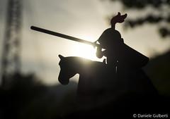cavaliere errante (danielegulberti) Tags: silhouette medioevo