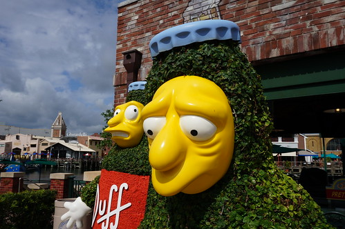 """Universal Studios, Florida: Duff Brewery • <a style=""""font-size:0.8em;"""" href=""""http://www.flickr.com/photos/28558260@N04/33932447223/"""" target=""""_blank"""">View on Flickr</a>"""