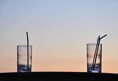'Time To Go Home' (SONICA Photography) Tags: eztd eztdphotography england photos foto photograph photography eztdgroup eztdphotos 2017 fotos nikond90 eztdfotos inglaterra angleterre ingles image allabouttheimage pub drinks glasses empties emptyglasses bar publichouse may2017 leighonsea essex stilllife countyofessex sonica imagessonica