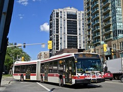 Toronto Transit Commission 9106 (YT | transport photography) Tags: ttc toronto transit commission nova bus lfs artic articulated