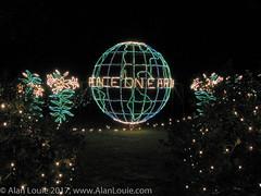 20031220 Bellingrath Xmas 0009 Peace on Earth.jpg (Alan Louie - www.alanlouie.com) Tags: bellingrath christmas alabama theodore unitedstates us