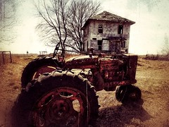 nothing ain't cool till you wear the new off... (BillsExplorations) Tags: old farm abandonedfarm abandonedillinois international ih forgotten decay ruraldecay abandoned discarded abandonedhouse farmmachinery rust texture