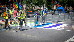 2017.06.10 Painting of #DCRainbowCrosswalks Washington, DC USA 6383