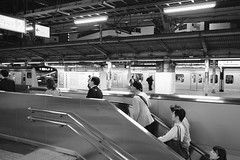 TFJ FEI Seaside West Construction JRC 20170609 (Rick Cogley) Tags: cogley construction nnp nanoport shinagawa shinagawaseasidewesttower tfj thermofisherscientificjapan tokyo apexev90 esolia excomp07 f2 iso1600 23mm fujifilmxpro2 1125sec 2017 shinagawaku japan jp
