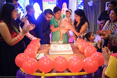 DSC_4471 (Puneet_Dembla) Tags: dembla puneet birthday party family getogether event social baby first celebration girl cake